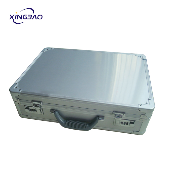 China OEM Sliver Manufacturer Large Tool Aluminum Briefcase For Precise Devices