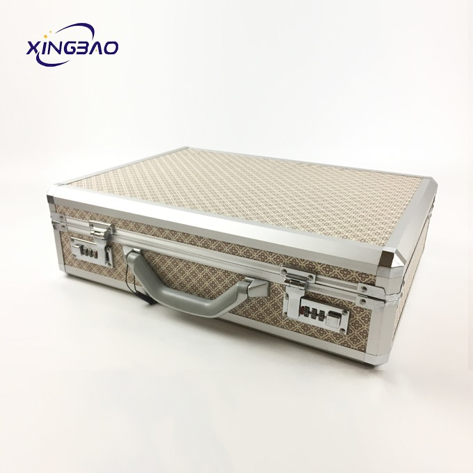 The Factory Customizes Portable Aluminum Briefcases And Pockets With LOGO And Retro Pattern